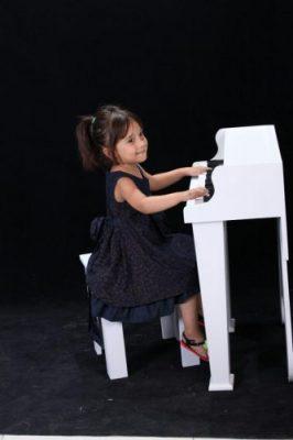 دکوراتلیه کودک پیانو